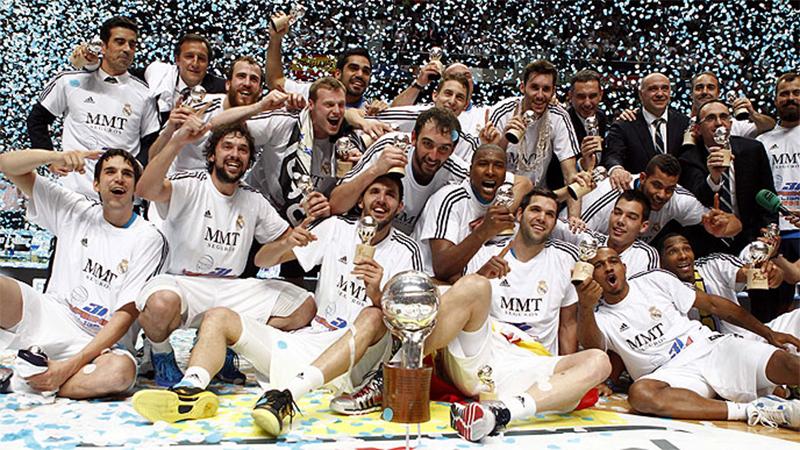 Tres títulos con el Real Madrid